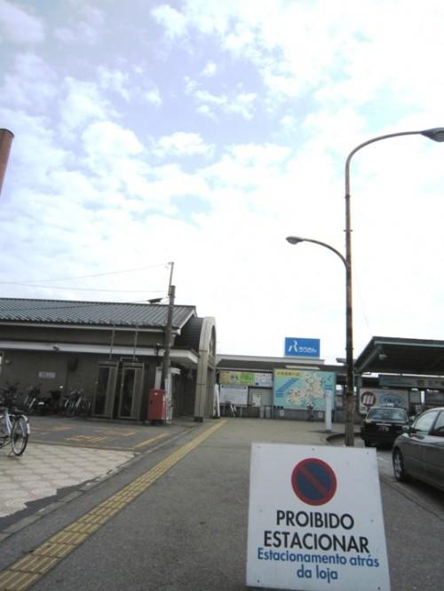 お店の前の駐車禁止看板