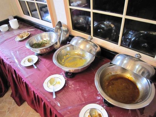 スリランカ料理レストラン「ランディワ」カレービュッフェ